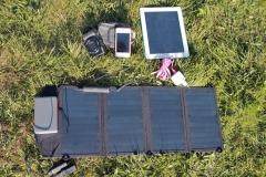 zonnepaneel accu's fototoestel kabels